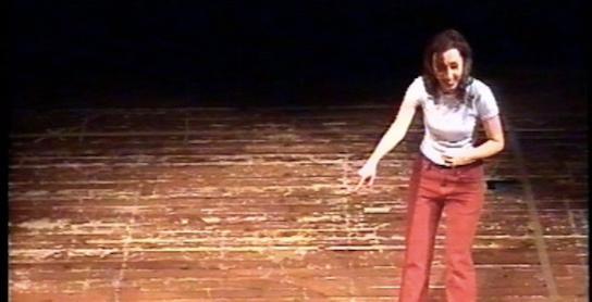 colando-attrice-sul-palco3